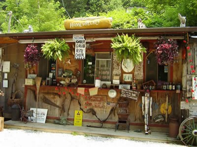 HillBilly Hot Dogs Exterior